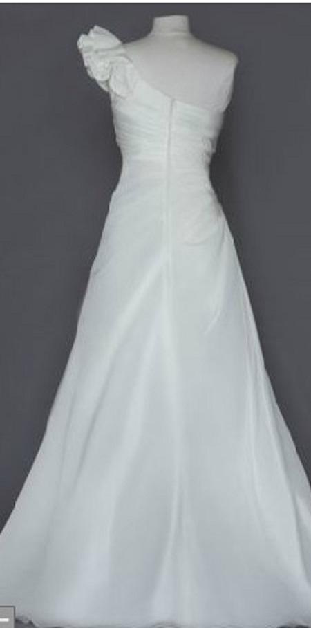 David 39 S Bridal WG3327 Discontinued Wedding Dress On Sale 71 Off