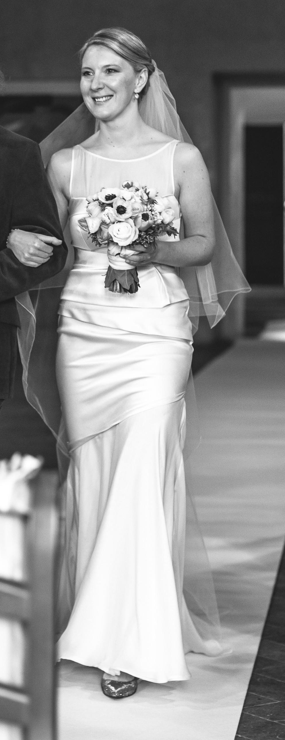Amanda Wakeley Allure - Second Hand Wedding Dresses - Stillwhite