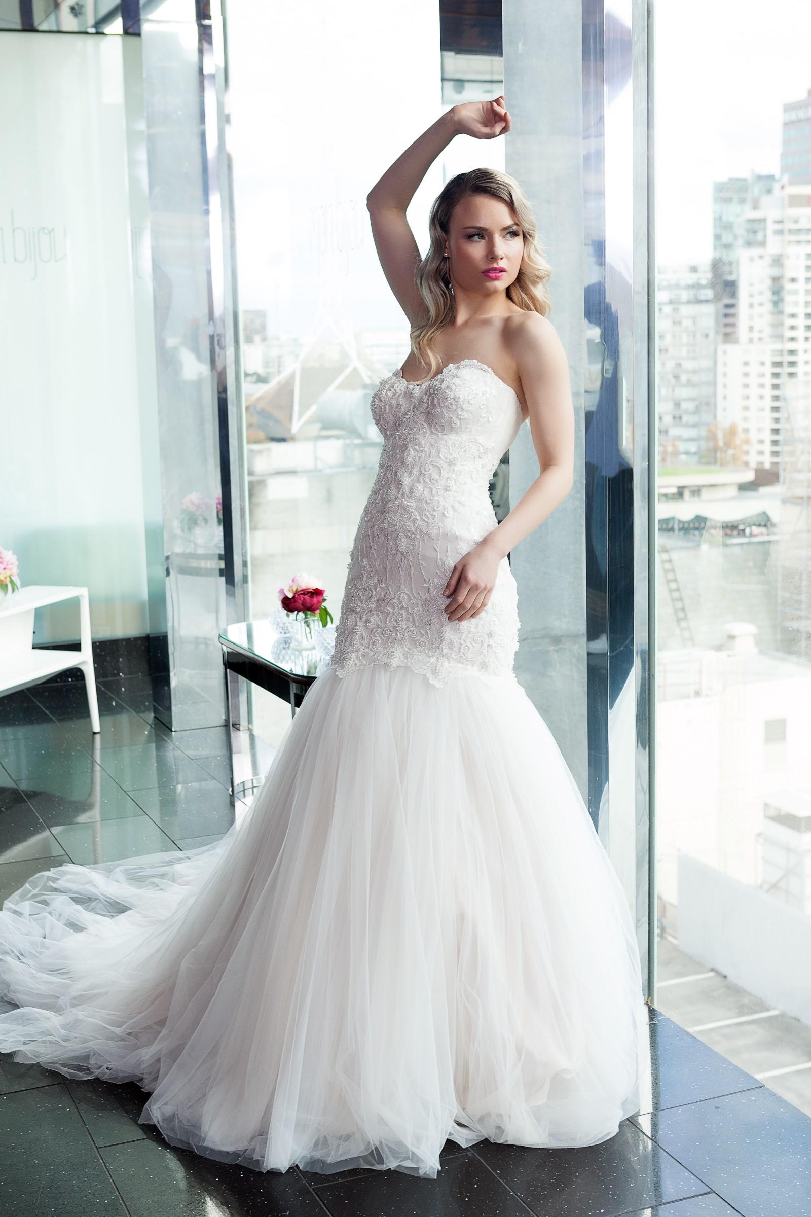 Zhanel Bridal Couture Ready To Wear Designer Range Wedding Dress On Sale 57 Off