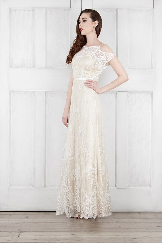 Catherine Deane Charlotte Gown Preowned Wedding Dress on Sale 61 ...