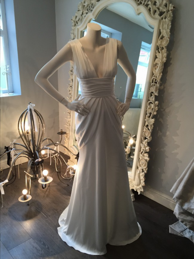 David Fielden Goddess Sample Wedding Dress On Sale 72 Off
