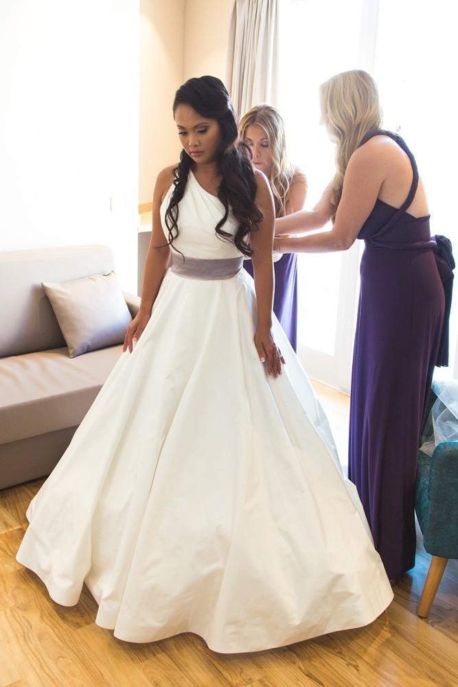 Legends romona keveza l6109 second hand wedding dress on for Second hand wedding dresses san diego