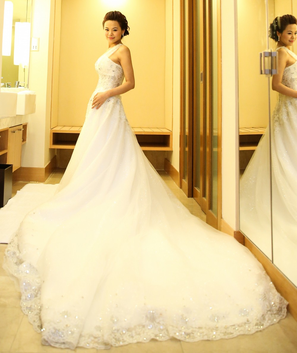 Second Hand Wedding Dresses: Ball Gown Second Hand Wedding Dress On Sale 70% Off