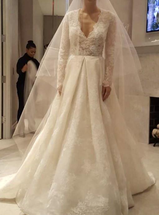 Monique Lhuillier Winslet - Second Hand Wedding Dresses - Stillwhite