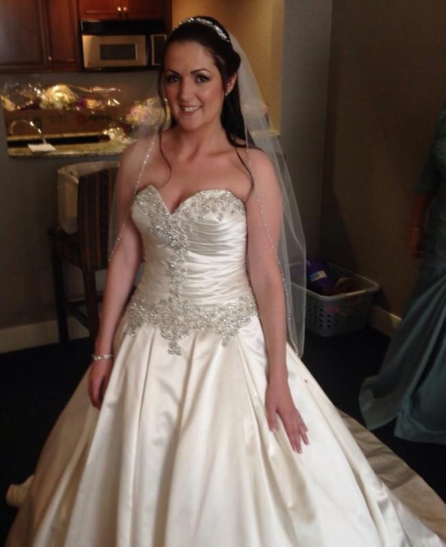 Second Hand Wedding Dresses: Allure Bridals 9003 Second Hand Wedding Dress On Sale 85