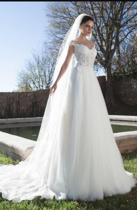 Tarik Ediz Zirkon - Sample Wedding Dresses - Stillwhite