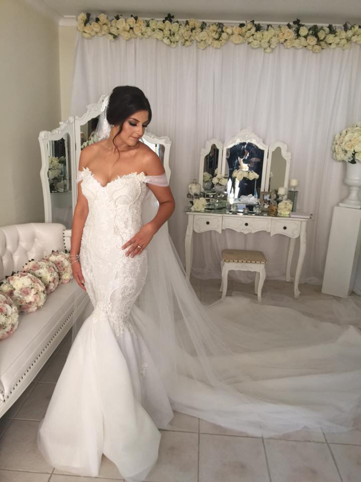 George elsissa wedding dresses on still white george elsissa ombrellifo Image collections