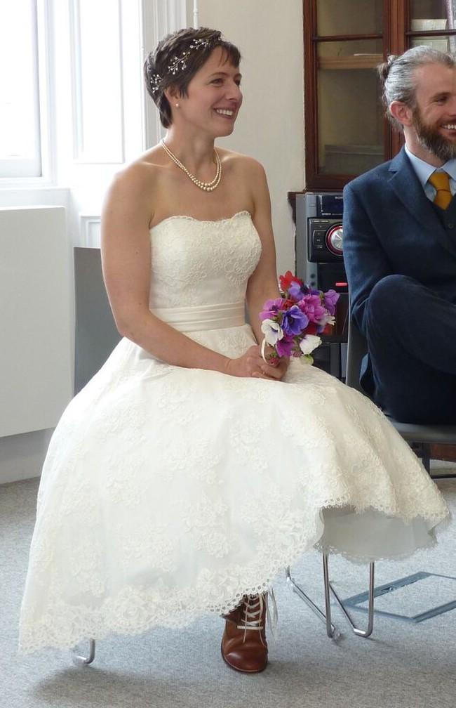 White Rose Bridal - Used Wedding Dresses - Stillwhite