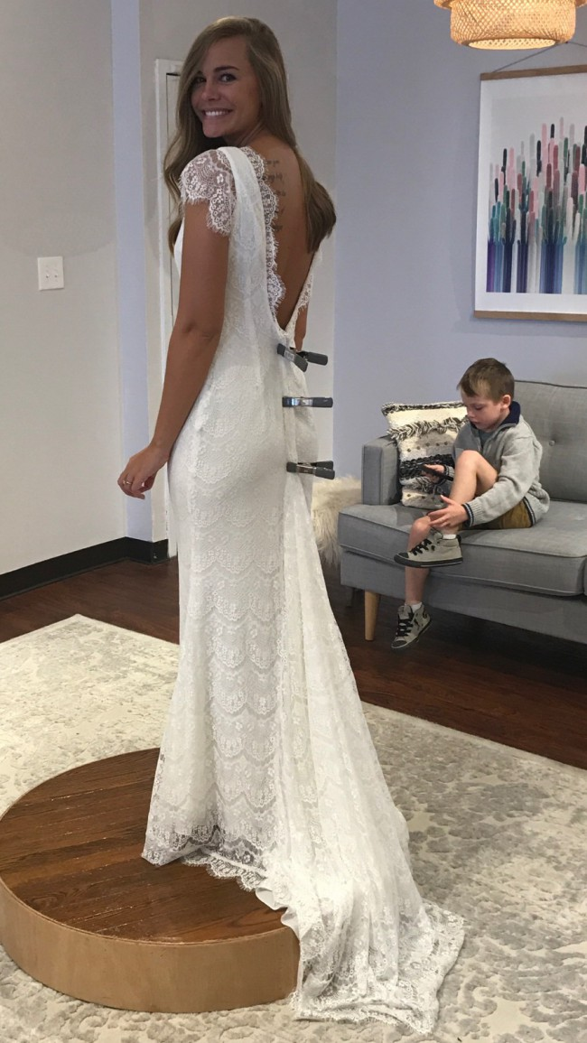 Daughters Of Simone Fin New Wedding Dress on Sale 21% Off