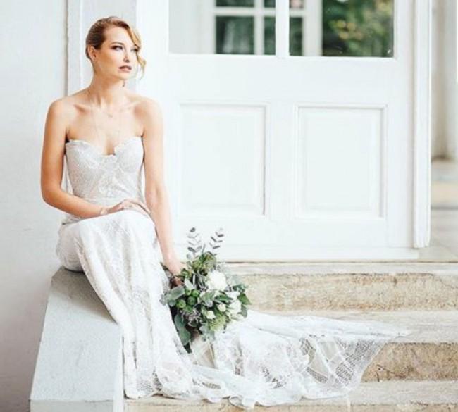 Rue de seine fox gown wedding dress on sale 7 off for Rue de seine wedding dress cost