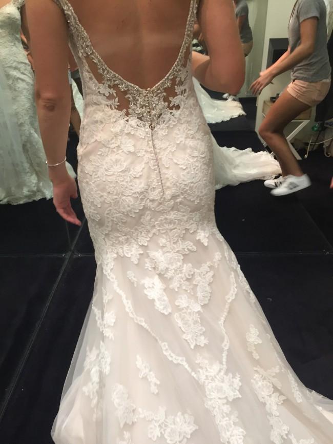 Essense Of Australia D2002 Wedding Dress On Sale