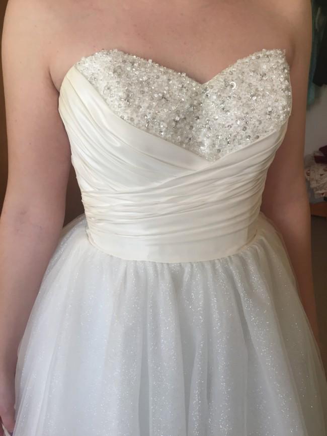 Alfred Angelo Cinderella 205 Preloved Wedding Dress On Sale 60 Off