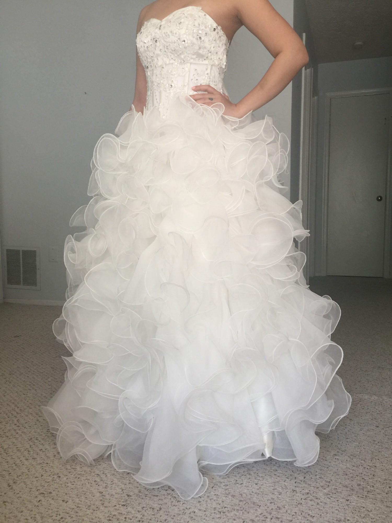 Jj 39 S House Custom Made New Wedding Dress On Sale