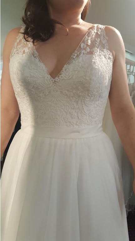 Allure Bridals, 2716