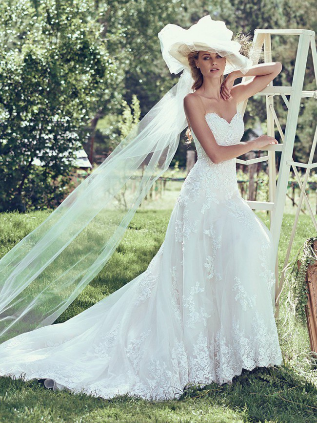Maggie Sottero Laverna Sample Wedding Dress on Sale 20% Off