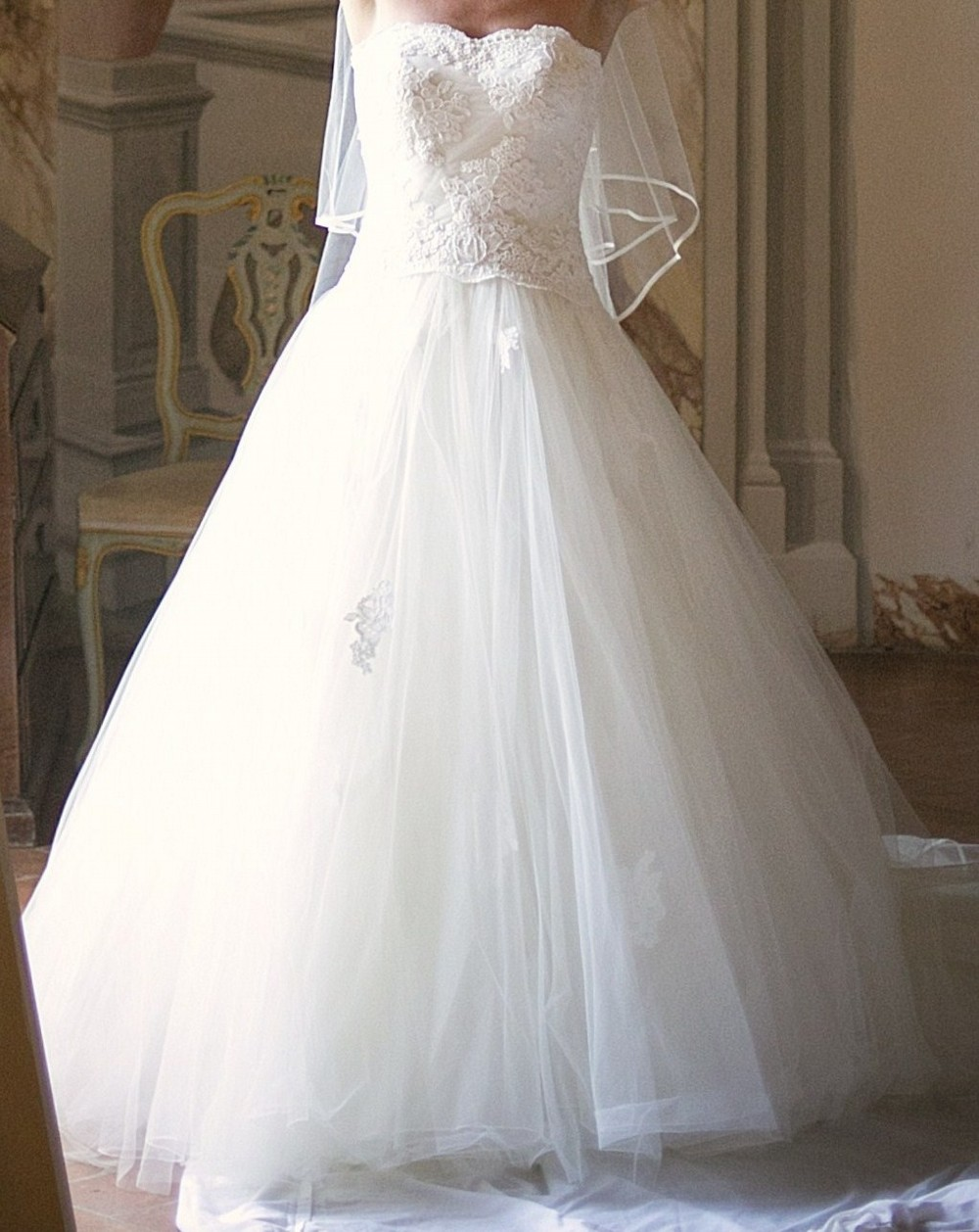 Lusan mandongus sassi second hand wedding dress on sale 57 for Second hand wedding dresses san diego