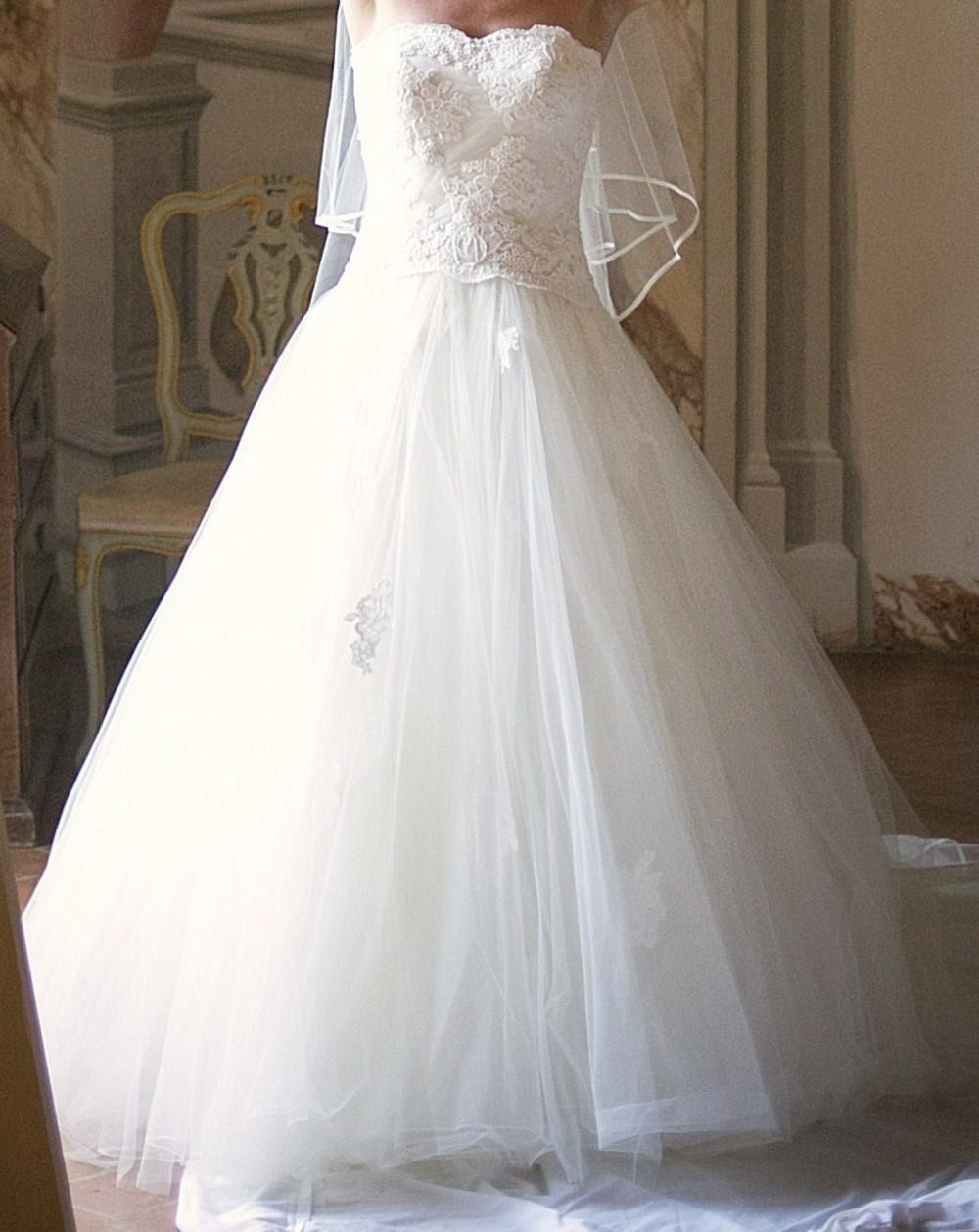 Lusan mandongus sassi second hand wedding dress on sale 57 for Second hand wedding dresses san diego