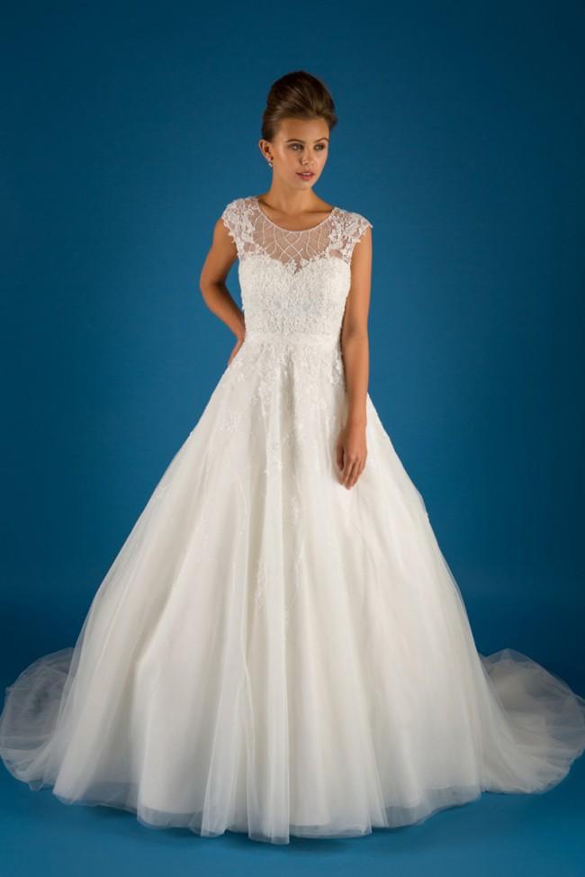 Diane Harbridge Geneva - Second Hand Wedding Dresses - Stillwhite