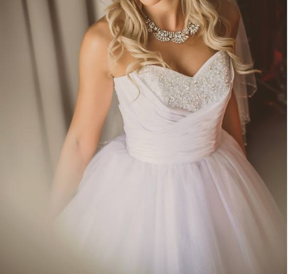 Alfred Angelo Style 205 Cinderella Size 10 Wedding Dress: Alfred Angelo Cinderella Sample Wedding Dress On Sale 60