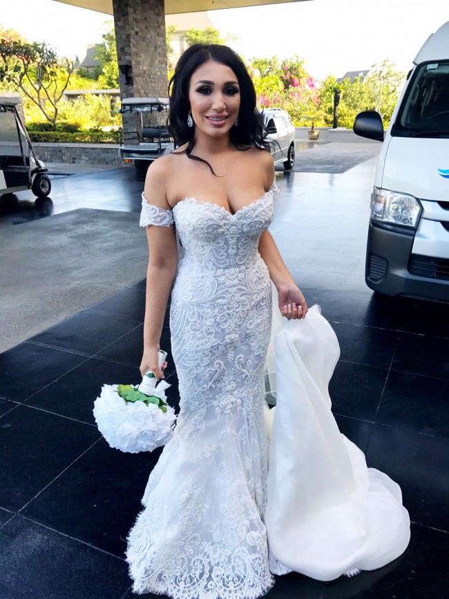 Steven Khalil Custom Made Second Hand Wedding Dress On Sale 35 Off