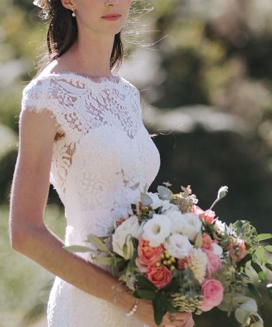 Avenue diagonal urvania used wedding dresses stillwhite for Av diagonal 434