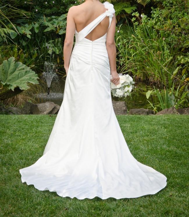 Ella bridal 5512 pre owned wedding dress on sale 58 off for Wedding dress shops in dc