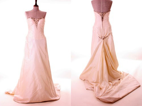 Alan hannah lorenza second hand wedding dress on sale 90 off for Julian alexander wedding dresses