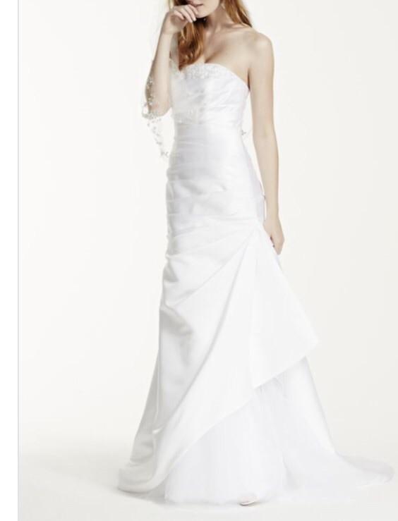 David's Bridal, Strapless Trumpet White Dress / KP3716