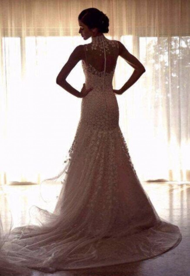 Ángel Sánchez, Designer made it for the bride exclusively. Is one