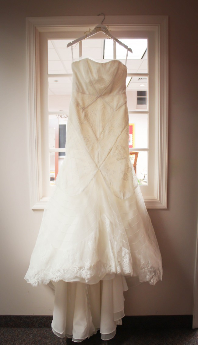 Truly zac posen geometric corded wedding dress used for Zac posen wedding dress price