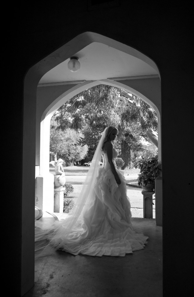 Ball Gown Preowned Wedding Dress On Sale 67 Off