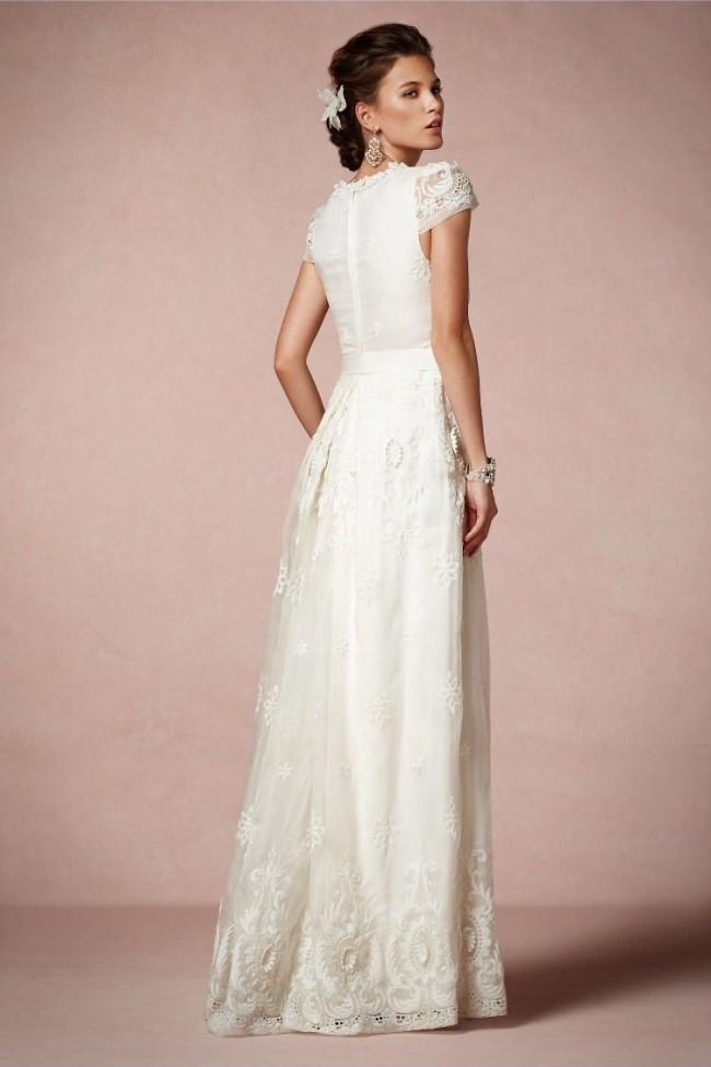 Collette dinnigan rococo dress pre owned wedding dress on for Once owned wedding dresses