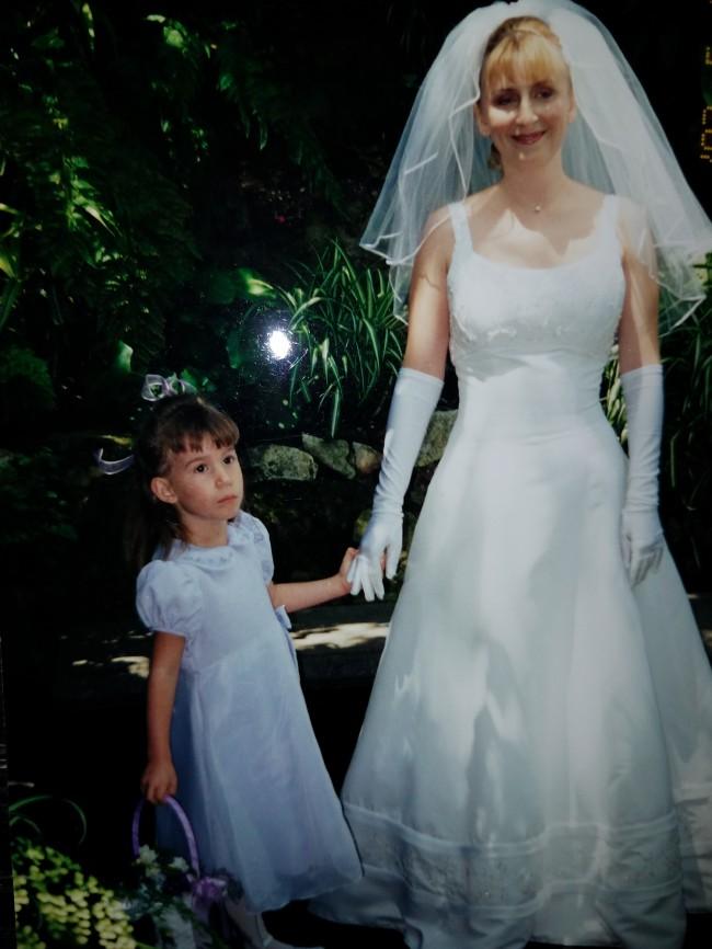 Oleg Cassini Pre-Owned Wedding Dress on Sale 37% Off