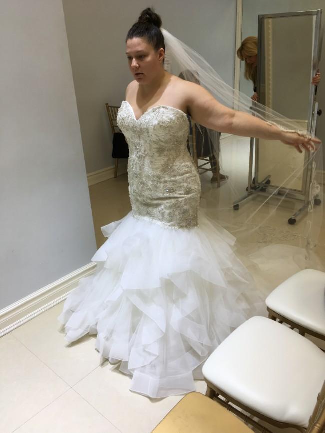 Allure Bridals, 9421