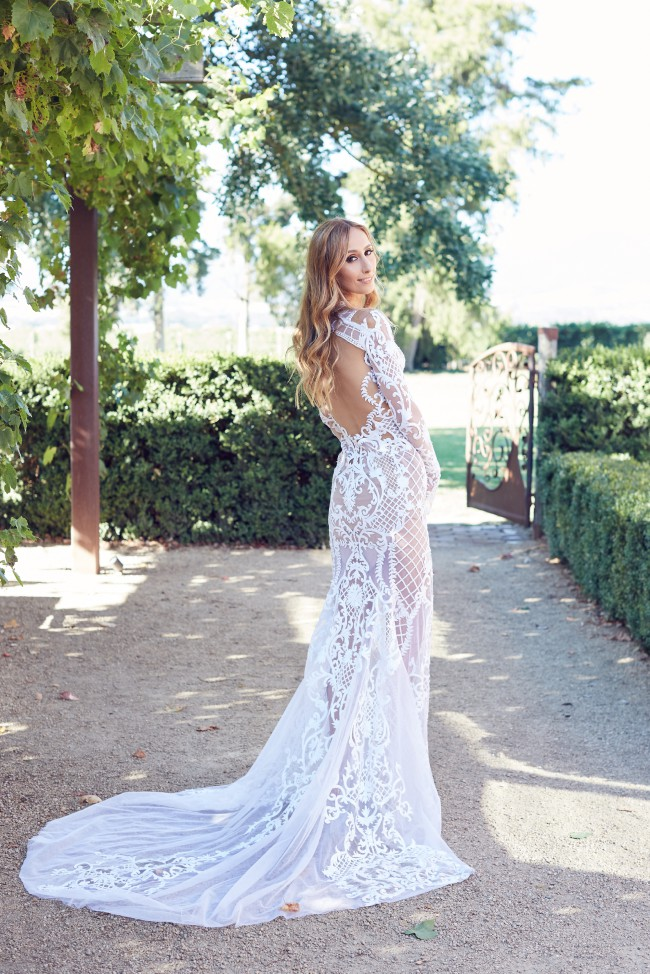 J\'aton Custom Made Used Wedding Dress on Sale