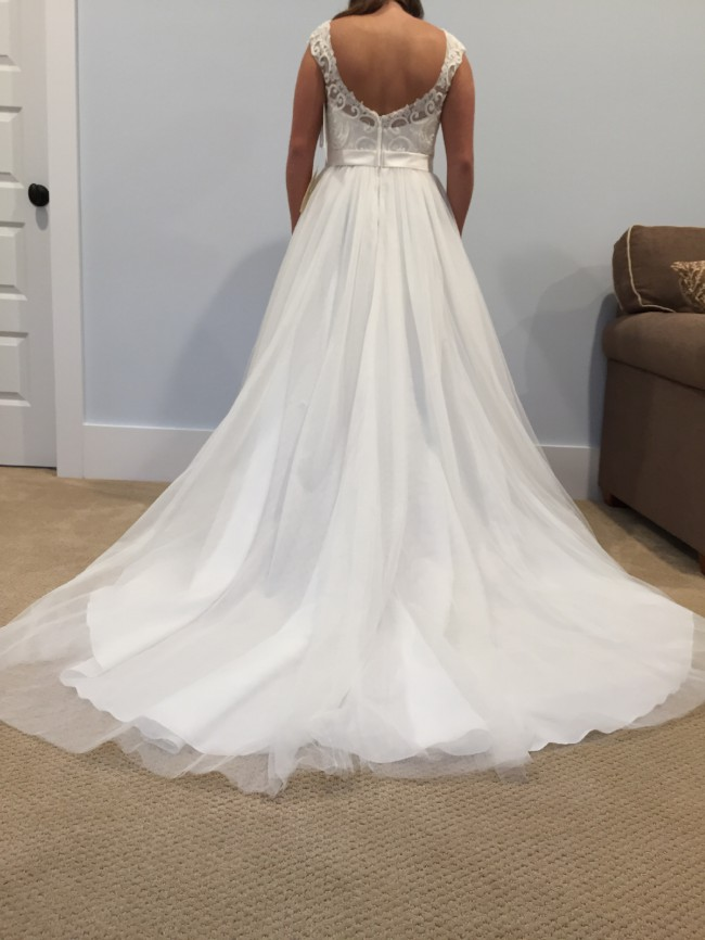 David\'s Bridal Tulle Wedding Dress with Lace Illusion WG3741 New ...