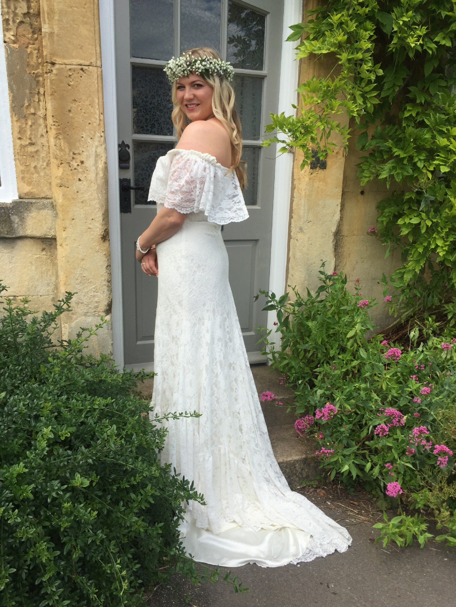 Daughters Of Simone Winnie Second Hand Wedding Dress On
