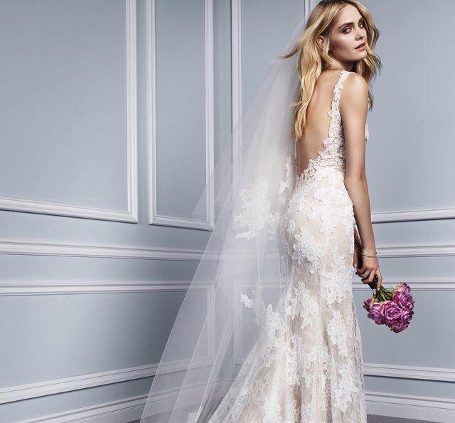 Monique Lhuillier Wedding Dress on Sale 53% Off