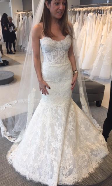 Rivini Priscilla Used Wedding Dress on Sale 37% Off - Stillwhite