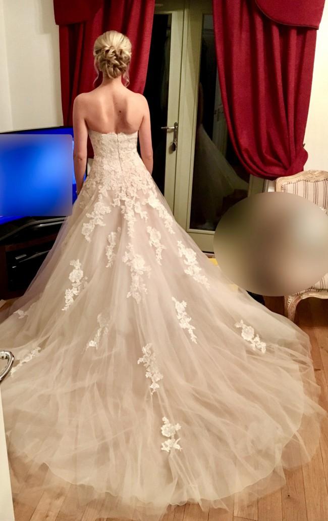 La Sposa, Helenka