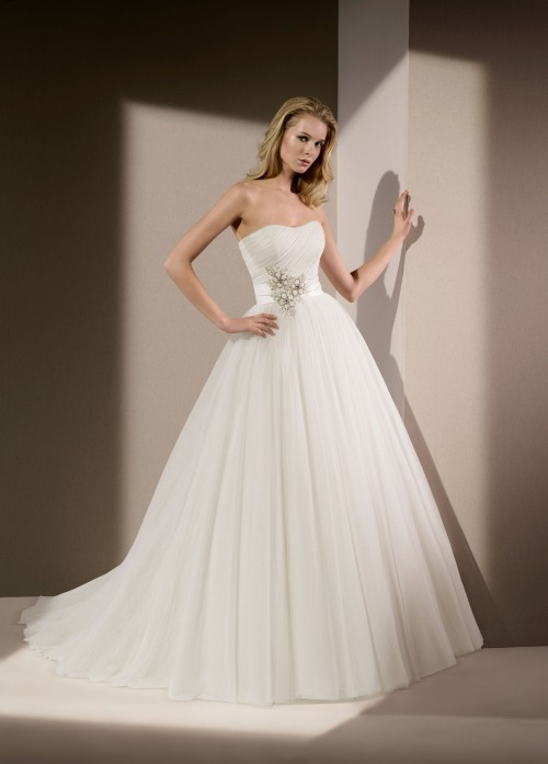 Divina Sposa, Ball Gown