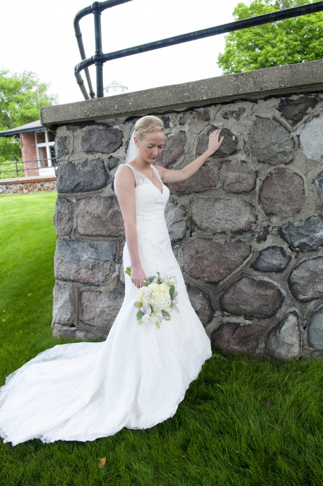 Allure bridals 2606 second hand wedding dress on sale 57 off for Used wedding dresses fort wayne indiana