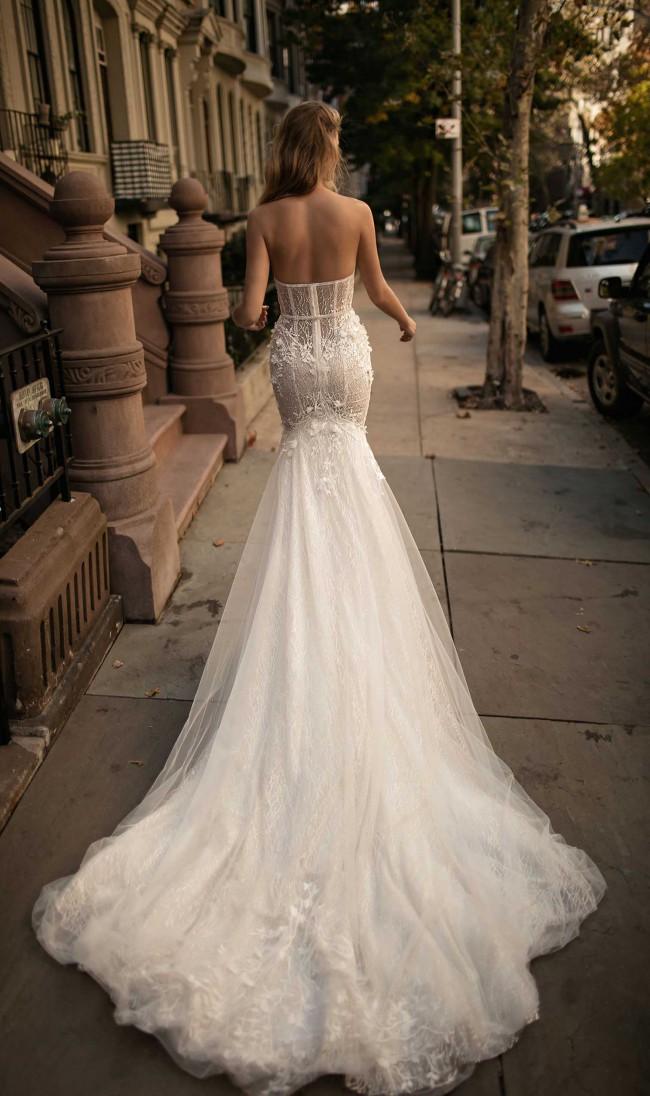 Berta, 17 110, Size 0 Wedding Dress