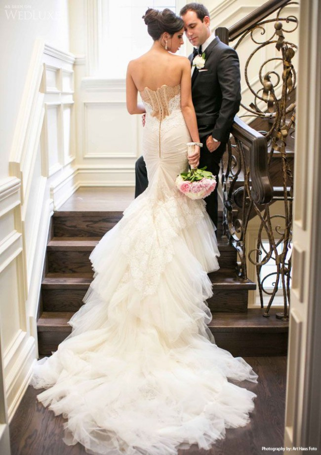 Inbal dror vip 5 12 preowned wedding dress on sale 65 off for Places to donate wedding dresses