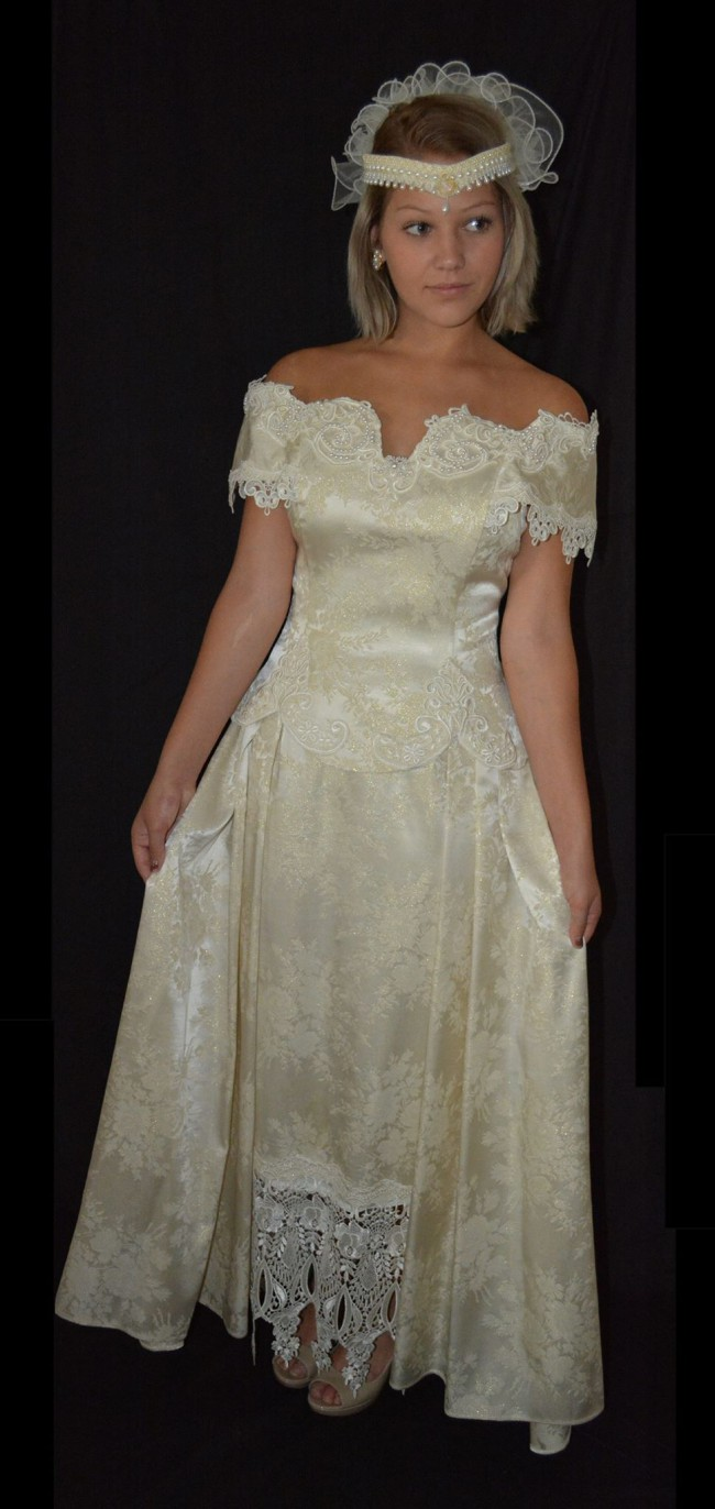 Jessica mcclintock second hand wedding dress on sale for Jessica mcclintock wedding dresses outlet