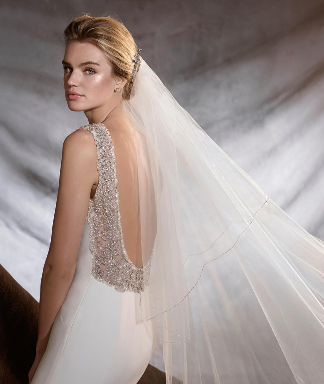 Pronovias Orsola New Wedding Dress On Sale 33% Off