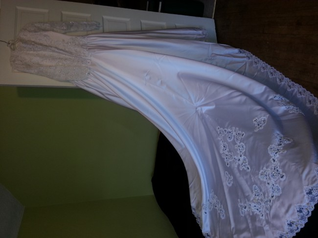 Alfred Angelo, 1104W