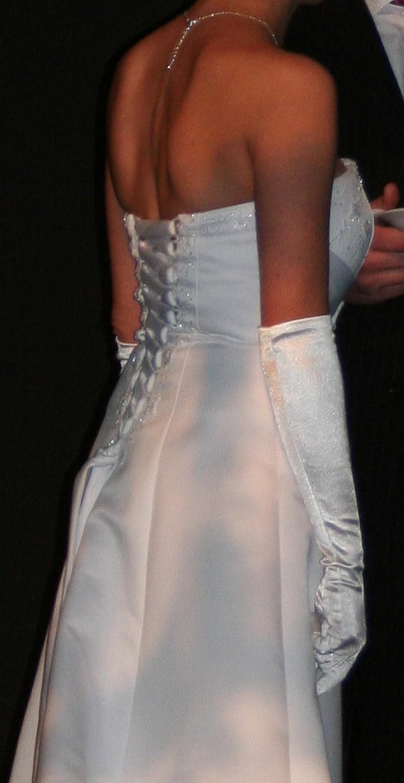 Ellen h second hand wedding dress on sale 77 off for Second hand wedding dresses san diego