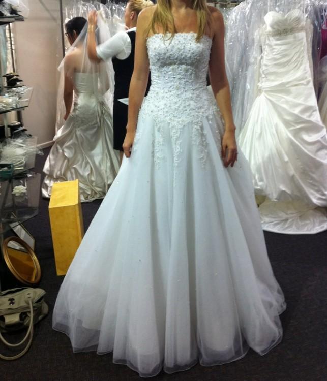 Justin Alexander 8477 New Wedding Dress on Sale 55% Off