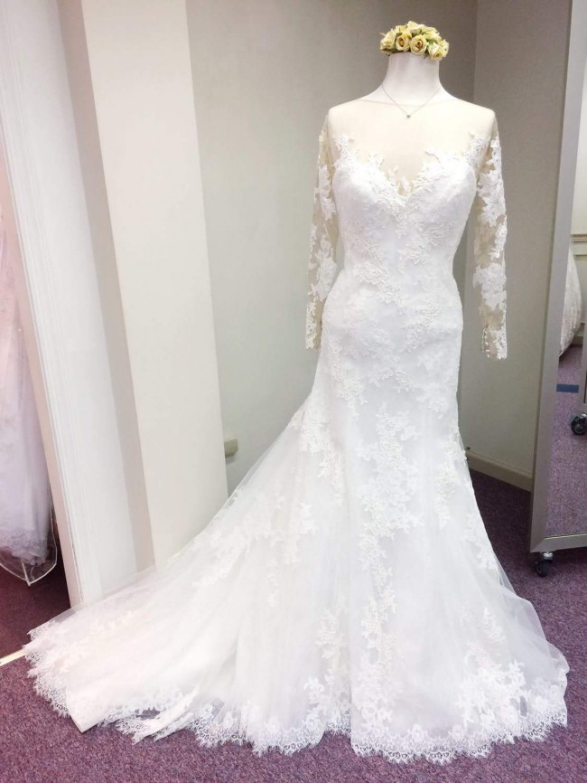 Jacquelin Exclusive 19073 Used Wedding Dress on Sale 37% Off